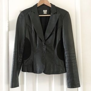 Cache 100% Lamb Black Leather Fitted Jacket